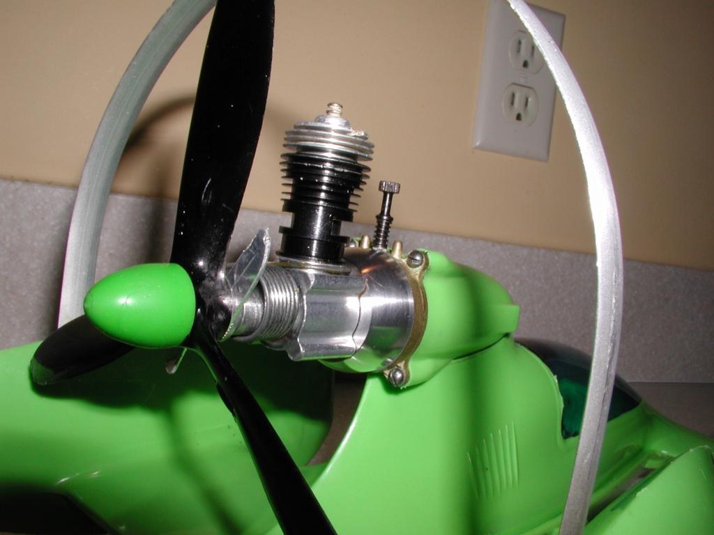 The lime green Shrike machine P1010011