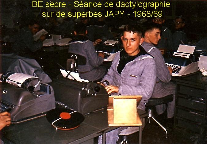 LA SPÉCIALITÉ DE SECRÉTAIRE MILITAIRE - Page 4 Ecole_11