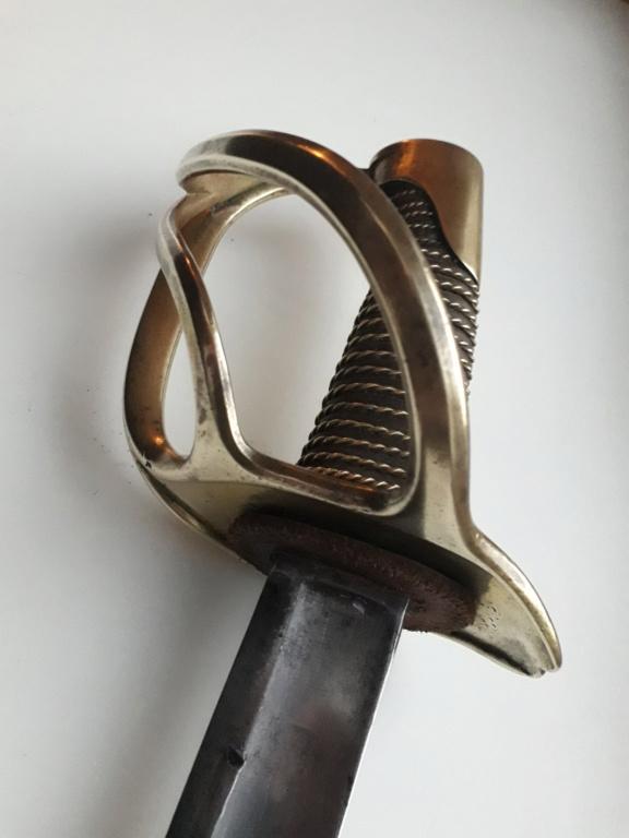 Un sabre étonnant de troupe modèle 1822 de cavalerie légère 20181149