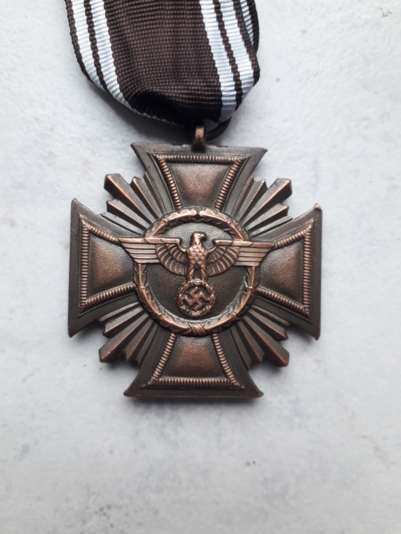 Médaille nsdap dienstauszeichnung En Bronze à identifier 20190414