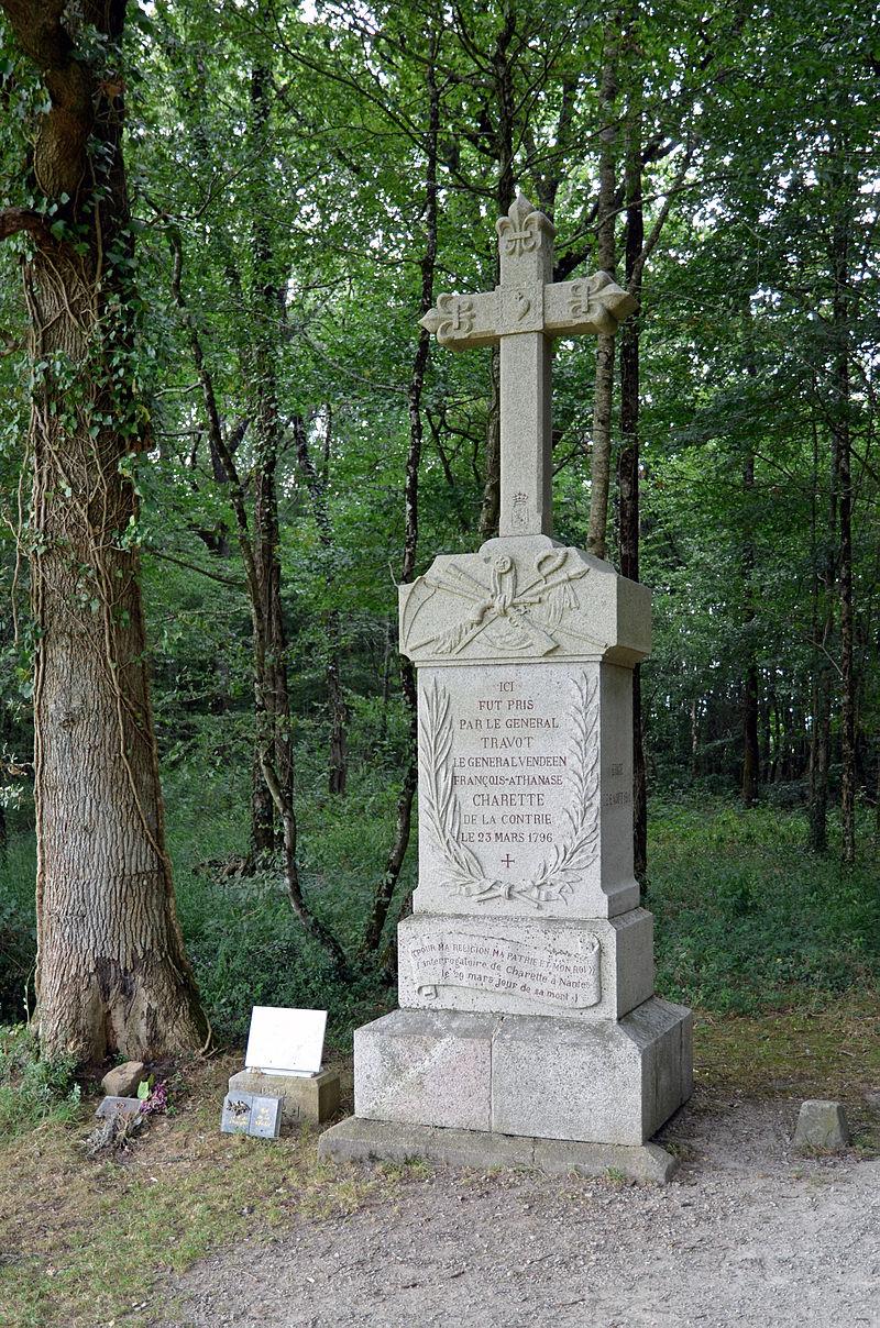 Sur les traces des guerres de Vendée et de la chouannerie bretonne 800px-10