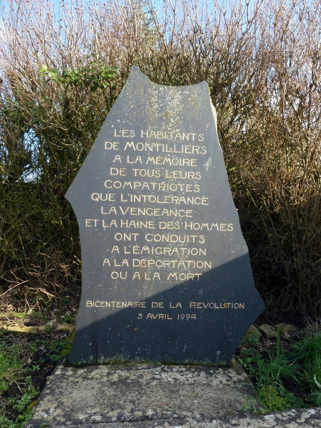 Sur les traces des guerres de Vendée et de la Chouannerie - Page 3 Ejwkwb10