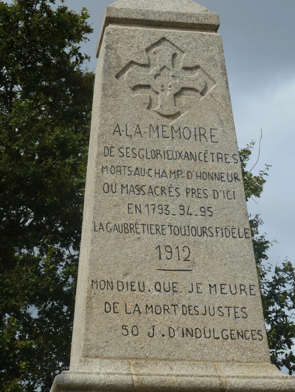 Sur les traces des guerres de Vendée et de la Chouannerie - Page 3 Gwoiqo10