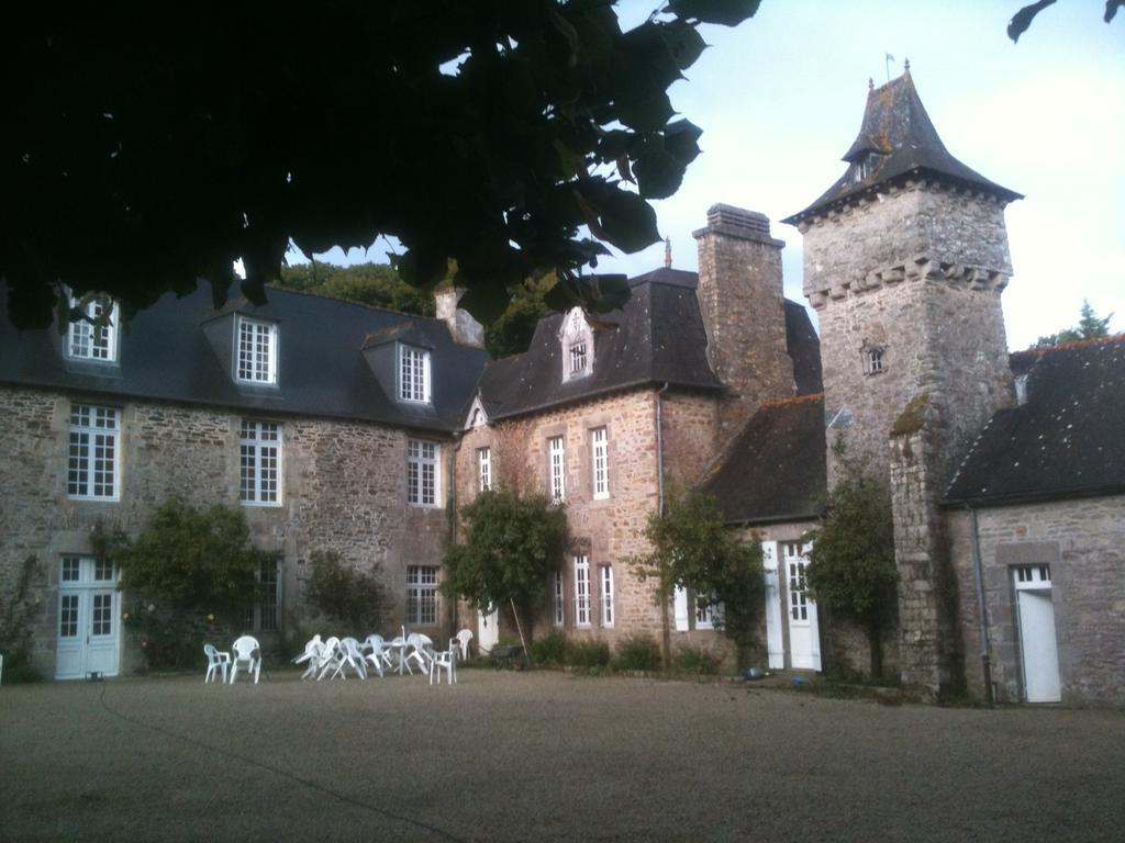 Sur les traces des guerres de Vendée et de la Chouannerie - Page 3 Manoir10