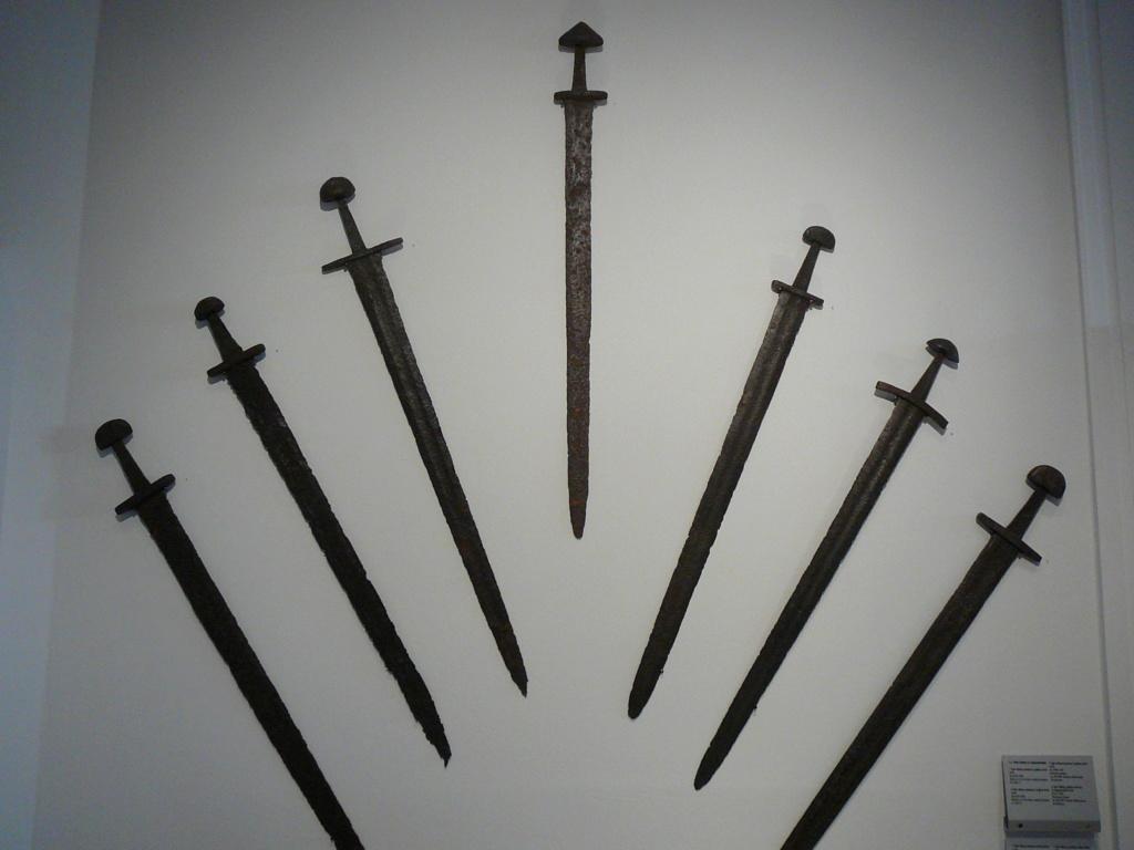 Les armes des Vikings P1020112