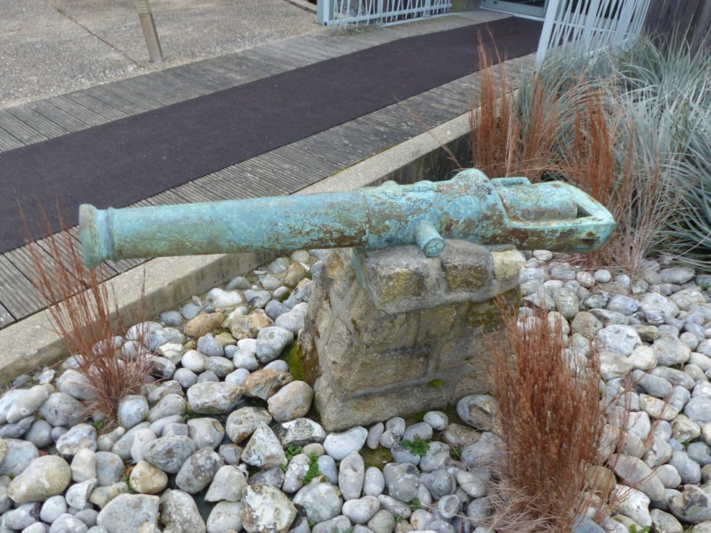 Le canon du Soleil Royal P1110330