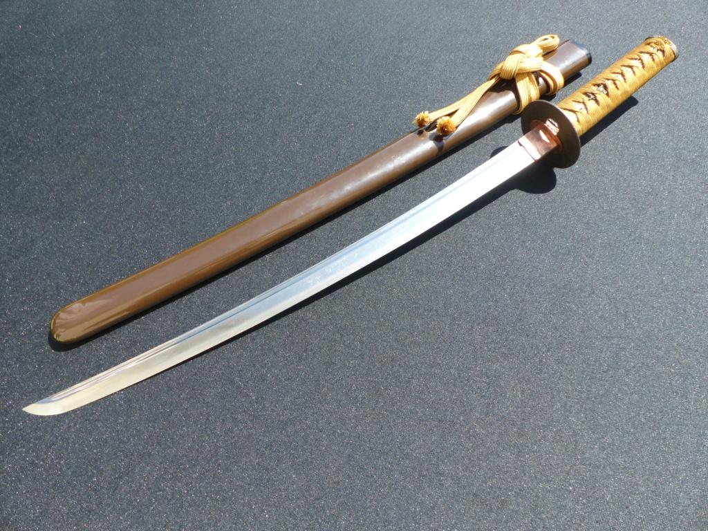 2 Wakizashi pour mille ans d'histoire P1130016