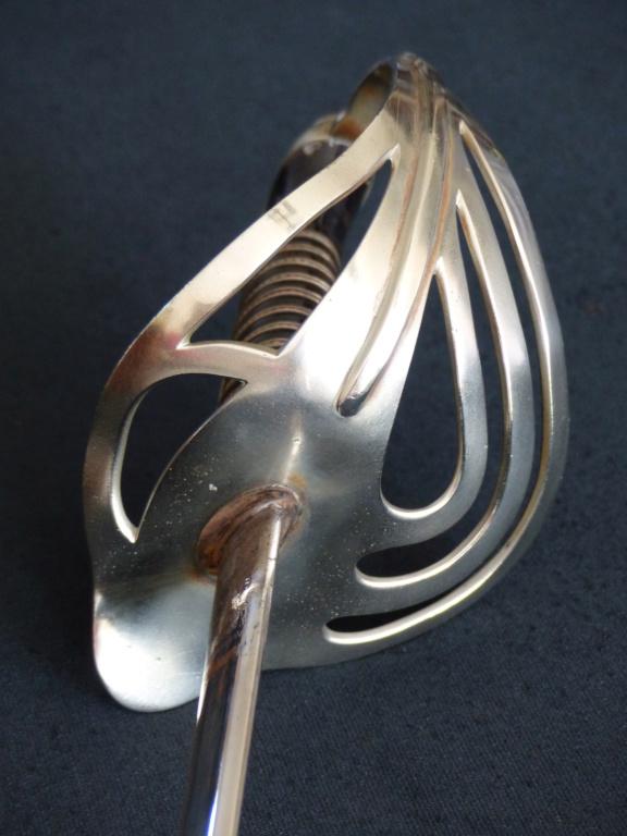 """Montures """"à la Nancy"""" : sabres fantaisie de fourbisseur inspiré du modèle 1882 P1140512"""