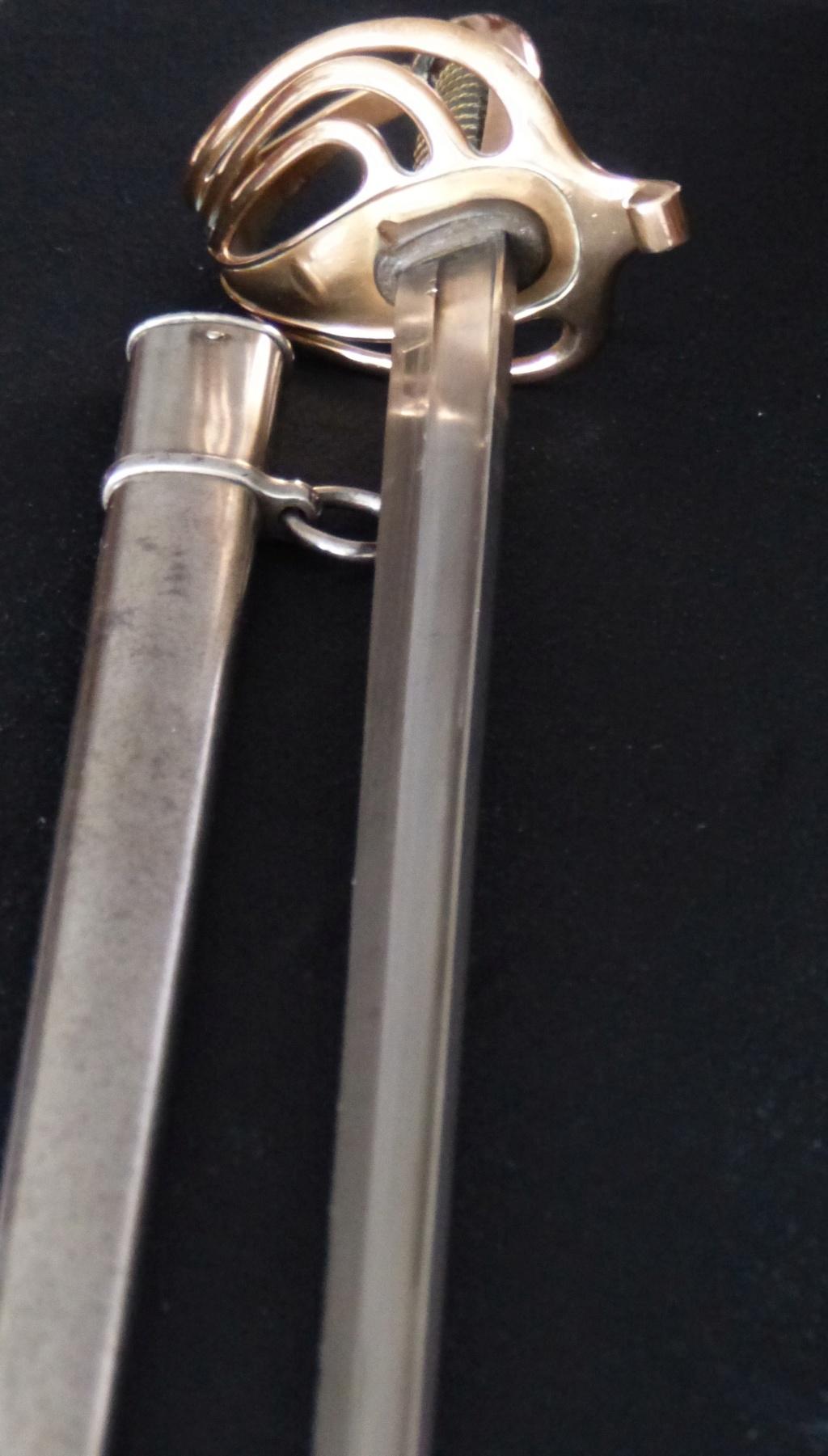 """Montures """"à la Nancy"""" : sabres fantaisie de fourbisseur inspiré du modèle 1882 P210"""