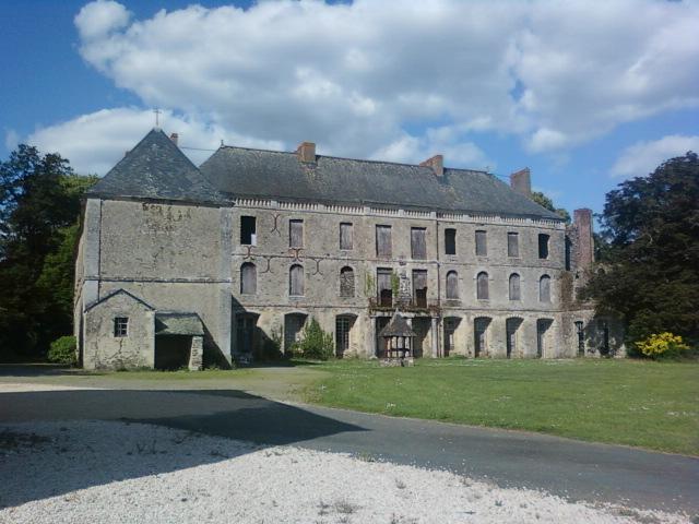 Sur les traces des guerres de Vendée et de la Chouannerie - Page 3 Parc-s10
