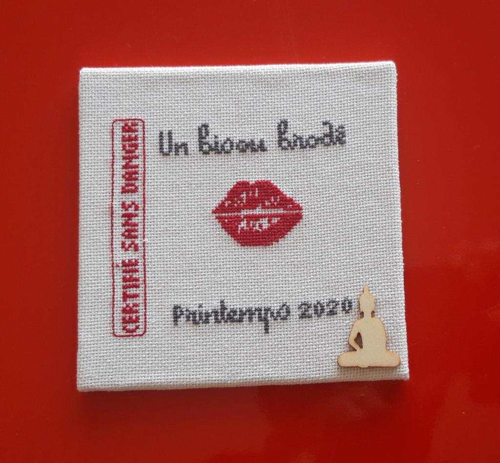 UN BISOU 2020_f10