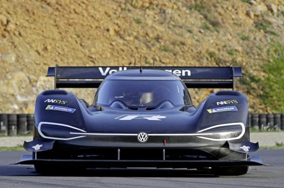 Porsche Taycan  Volksw10