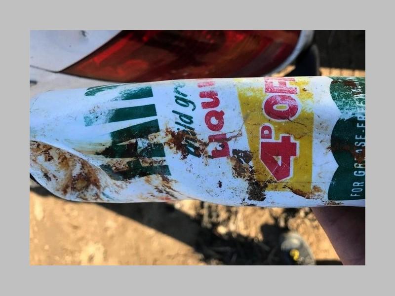 Une bouteille plastique retrouvée quasi intacte après 50 ans en mer 0211