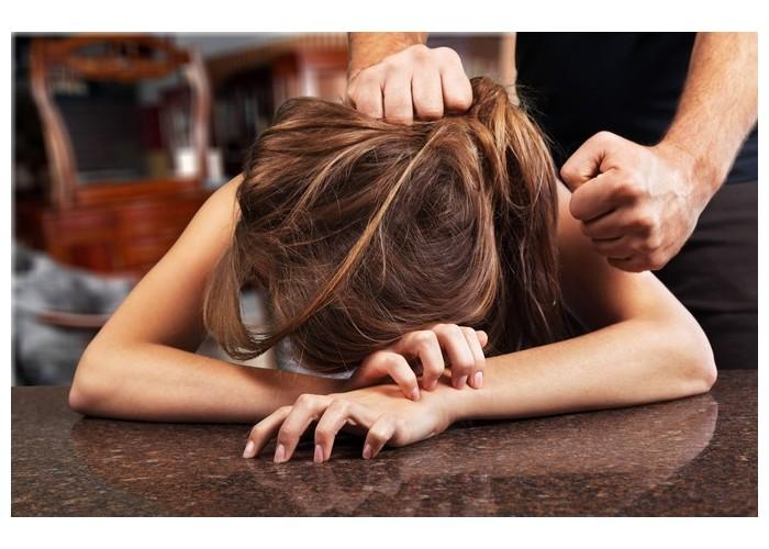 Cinq idées fausses sur les agressions sexuelles 725