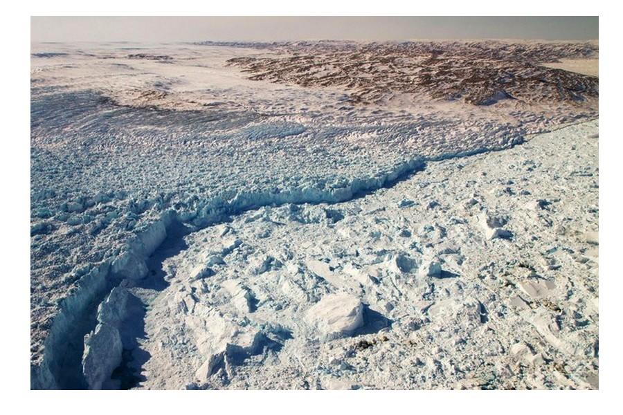 Pourquoi le plus grand glacier du Groenland se remet à grossir Cv16