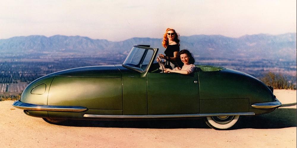 L'histoire incroyable de cette voiture fusée construite en 1948 Descha90
