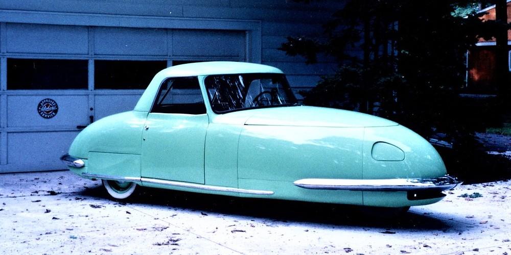 L'histoire incroyable de cette voiture fusée construite en 1948 Descha91