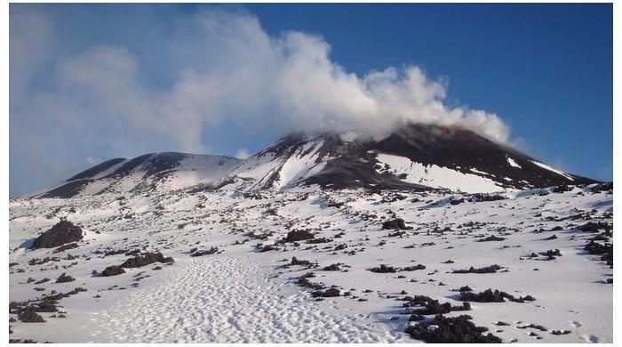 Le volcan l'Etna risque de provoquer un tsunami Er24