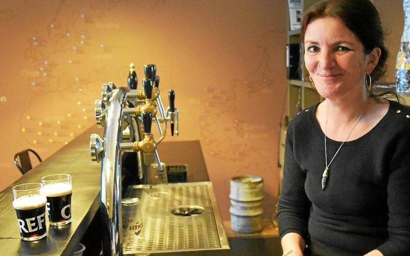 Bière. Béa, première sommelière biérologue de Bretagne Sans1371