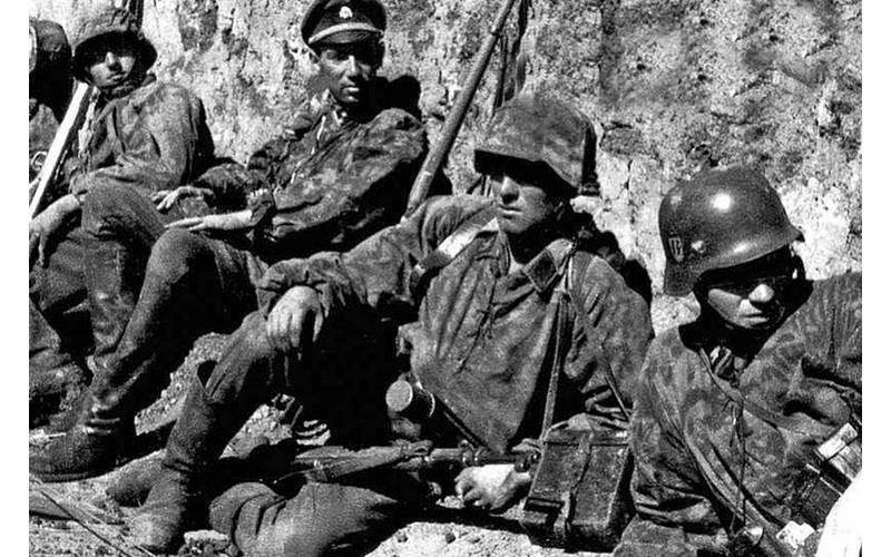 le massacre d'Oradour-sur-Glane Sans1440