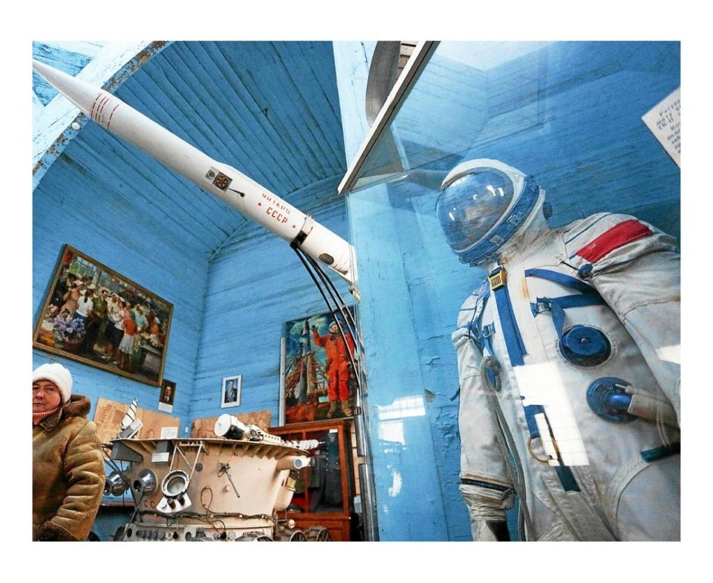 Ukraine. Dans l'église, un surprenant musée de l'espace  Sans1518