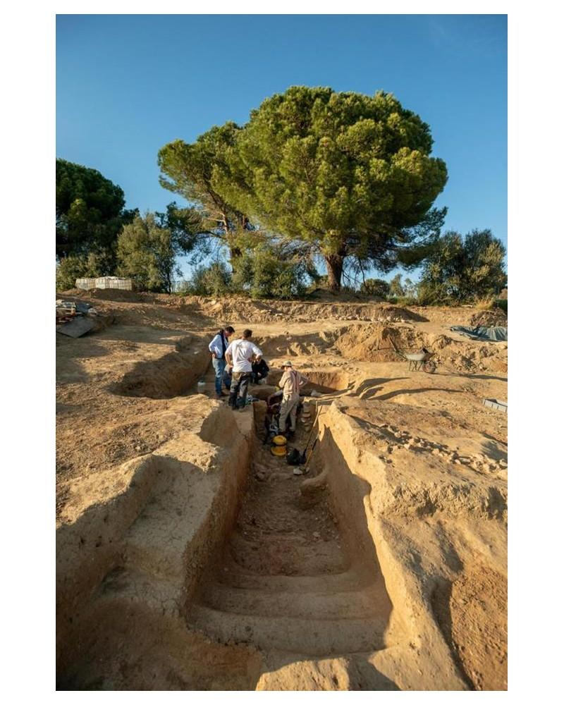 Une tombe étrusque vieille de 2 350 ans...... Sans1761