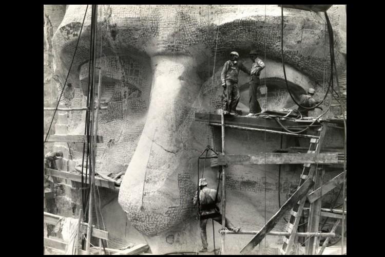 L'histoire de la pièce secrète du Mont Rushmore enfin dévoilée Sans2608