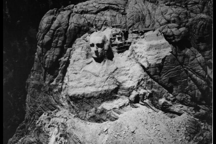 L'histoire de la pièce secrète du Mont Rushmore enfin dévoilée Sans2609