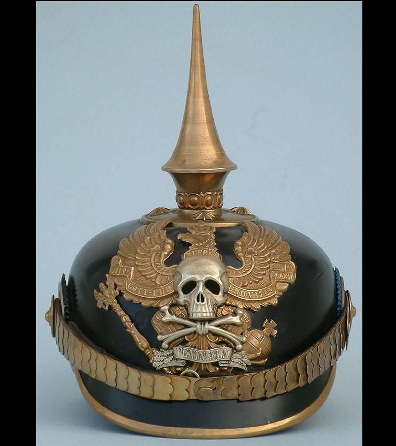 Le casque à pointe ou Pickelhaube Sans2687