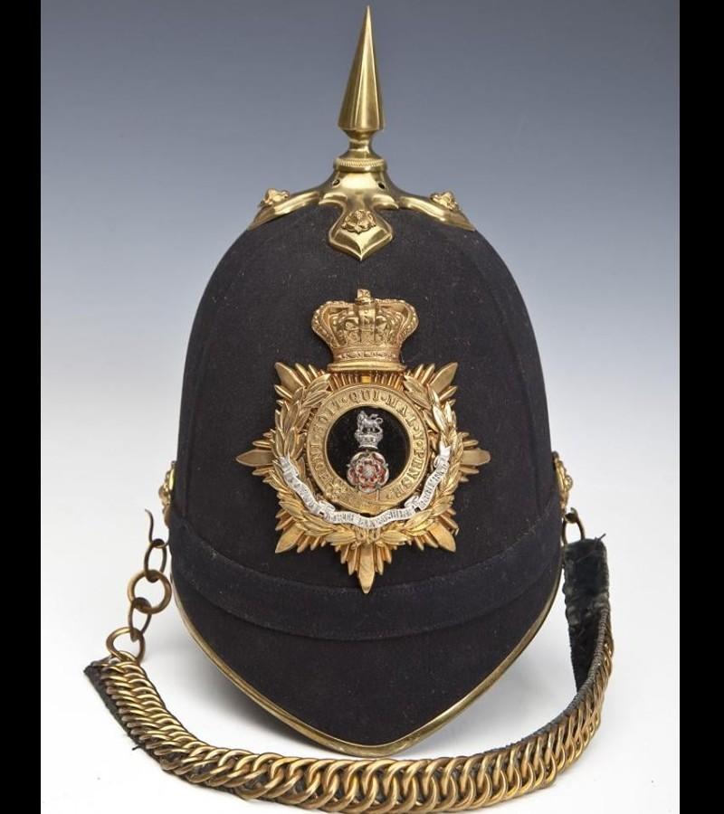 Le casque à pointe ou Pickelhaube Sans2689