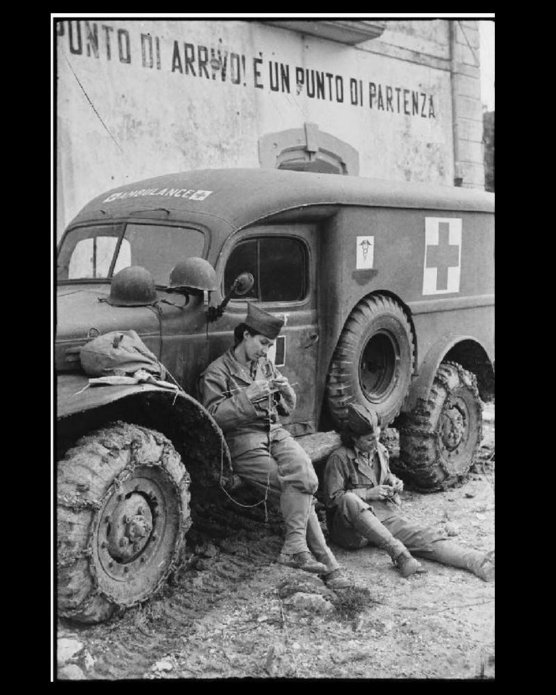 SOUVENIR de conductrices sanitaires Sans3968