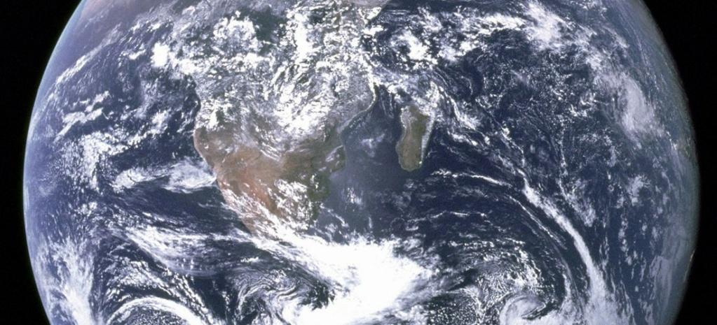 Les pôles magnétiques de la Terre vont s'inverser, mais nous survivrons Sans4638