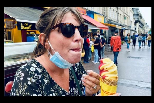 Port du masque obligatoire : une femme verbalisée alors qu'elle mange, est-elle en tort ? Sans4676