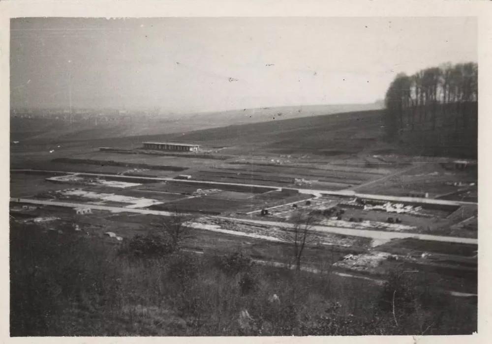"""Camp de Mittelbau-Dora : un """"monument de papier"""" pour sortir des déportés de l'oubli Sans4811"""