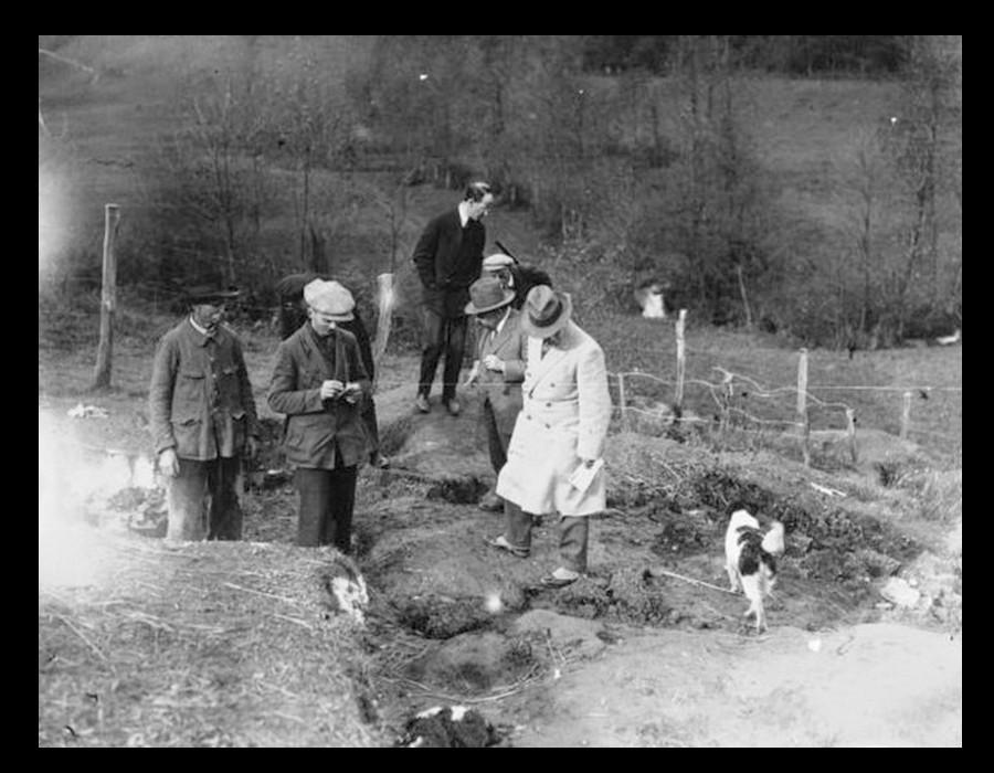 Trois fameuses histoires de faux en archéologie Sans4864