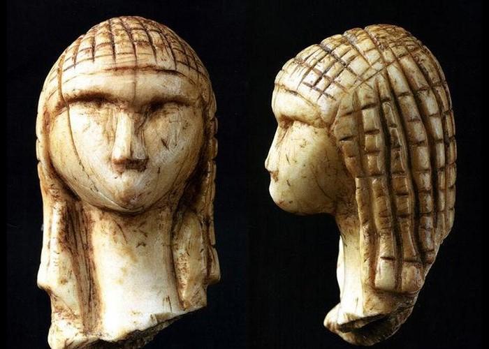Non, les femmes préhistoriques ne se contentaient pas de balayer leur caverne Sans5136