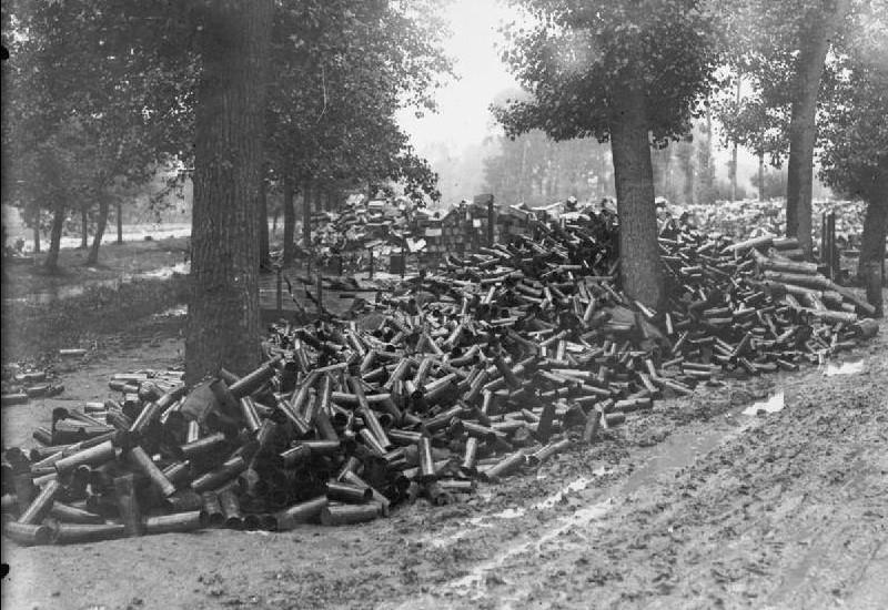 Près de 60% des obus tirés durant le terrible barrage d'artillerie  Sans5723