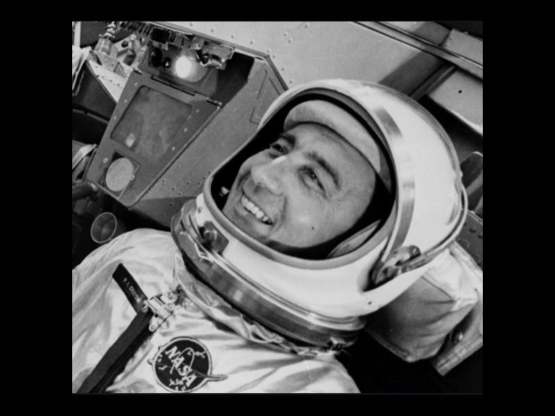 L'astronaute Virgil Ivan (« Gus ») Grissom est le deuxième Américain, après Alan B. Shepard, à aller dans l'espace. Sans5834