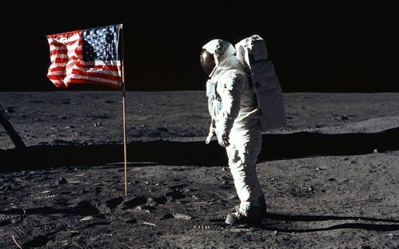 Charles Frankel. L'ami des astronautes qui ont marché sur la Lune Sans_593