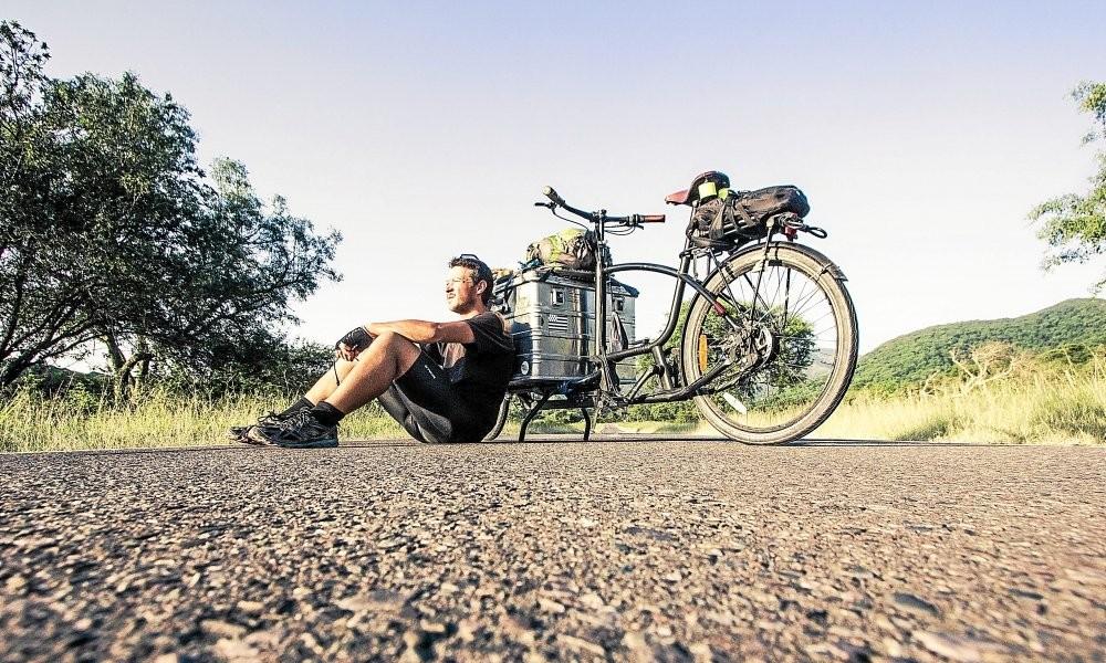 Un vélo, pas un rond, du talent. L'étonnant périple d'un Breton en Amérique du sud Sans_914