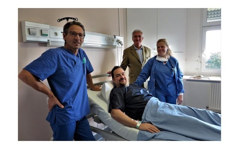 Il souffrait du dos depuis 15 ans, il est soigné en Normandie en 20 minutes Sans_996