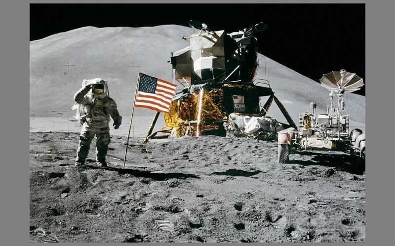 La Lune se réchauffe… à cause des astronautes Sans_t13