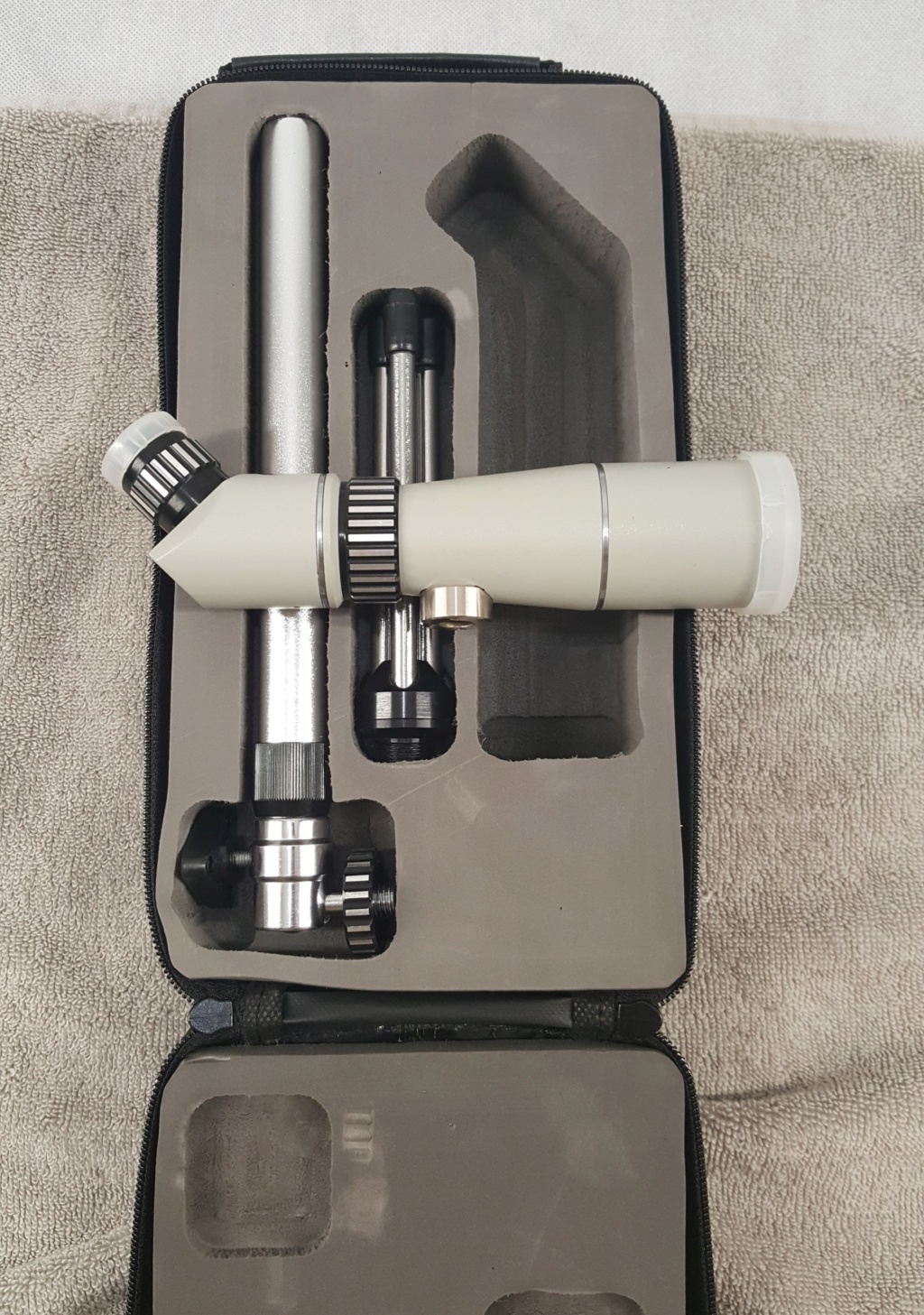 **SOLD**  NG20 20x33 Spotting Scope 20200617
