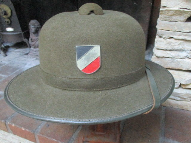 casque allemand WW2 armée du sud 111