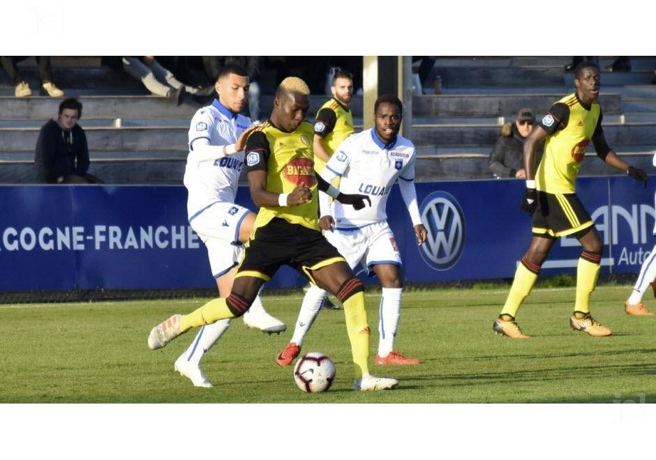 [8ème journée] Auxerre B - Louhans-Cuiseaux - Page 3 Kevin-10
