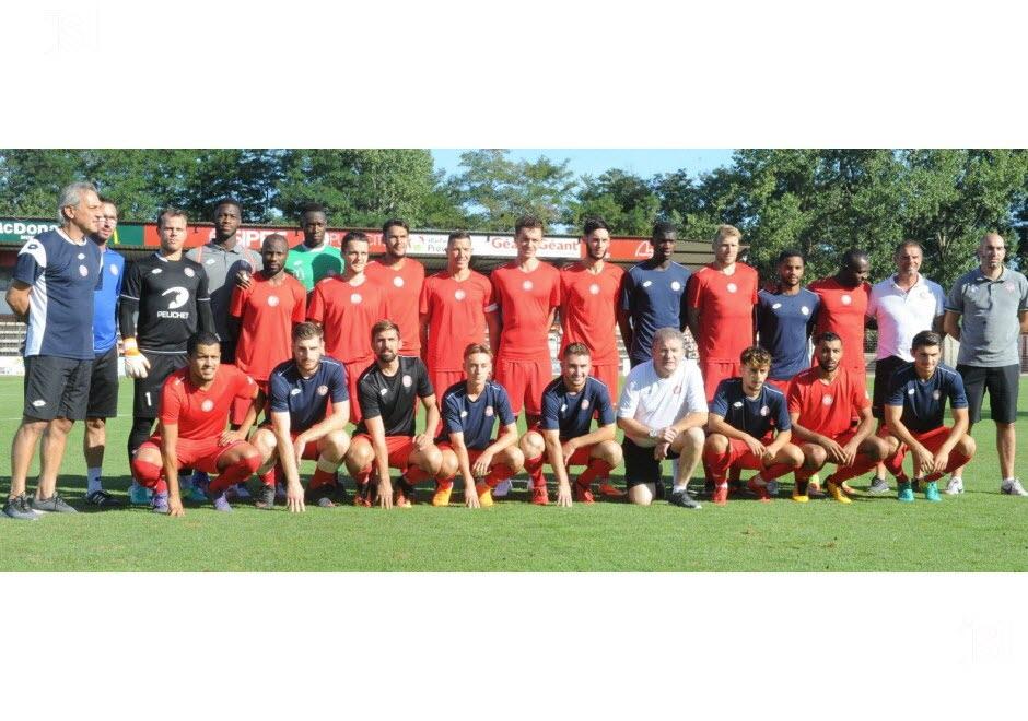 FC Montceau Bourgogne - Page 3 Montce10