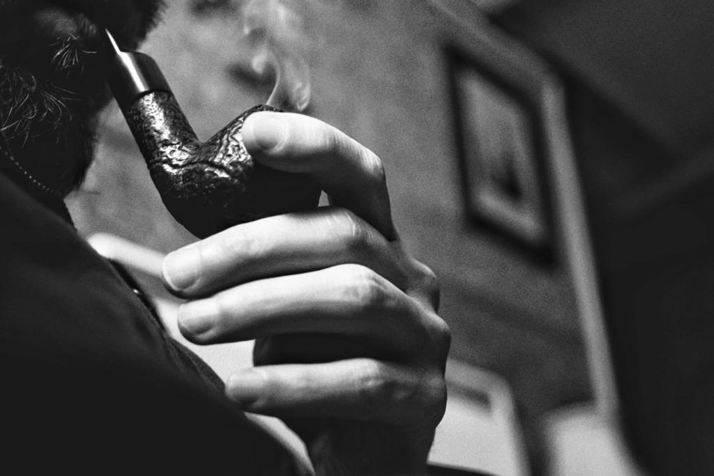 Le 10 juin – A la Saint Landry, apportez-moi du tabac, quelques cigares et une coupe de vin extra dry ! Ba769b10