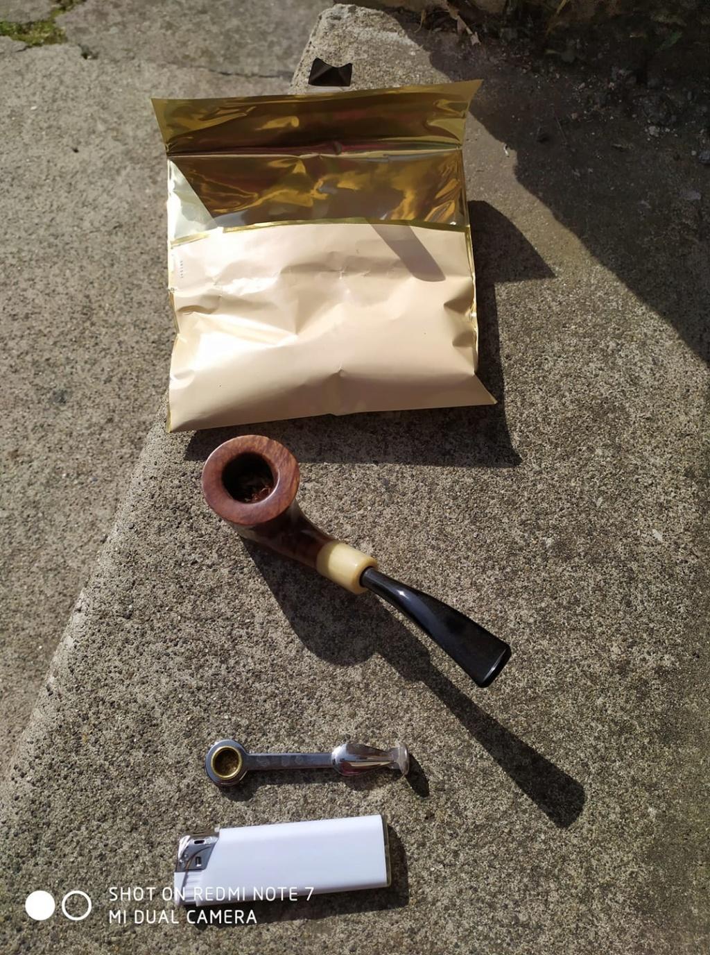 15 avril - A la Saint Paterne, sortez pipes et cigares dans la taverne ! Cc70df10