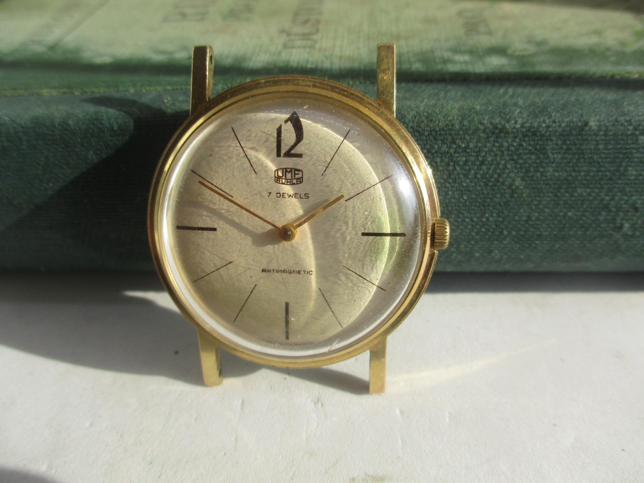 montre vintage allemande Kienzle F395f310