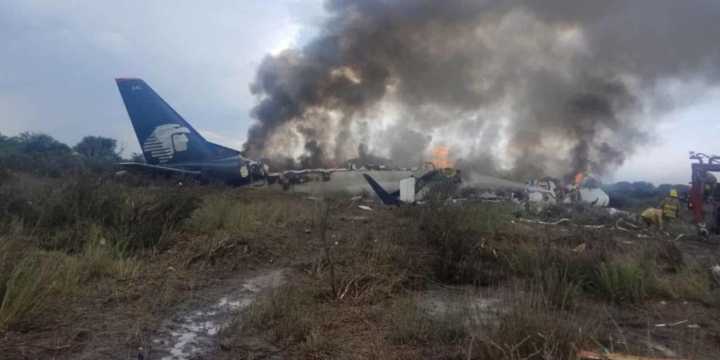Accidentes de Aeronaves (Civiles) Noticias,comentarios,fotos,videos.  - Página 12 A10